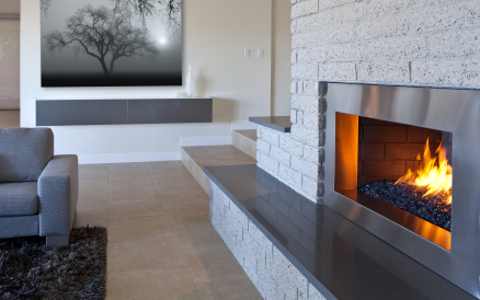 Kominek – tylko dekoracja czy sposób na ogrzanie domu?