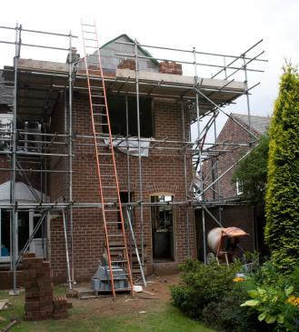 Budowa domu. Zgłoszenie czy pozwolenie?