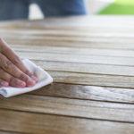 Pielęgnacja, olejowanie i woskowanie, czyli wszystko o ochronie drewnianych mebli