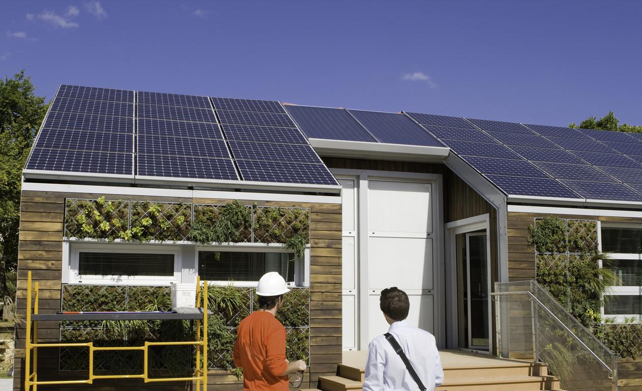 Kolektor słoneczny na całej powierzchni dachu