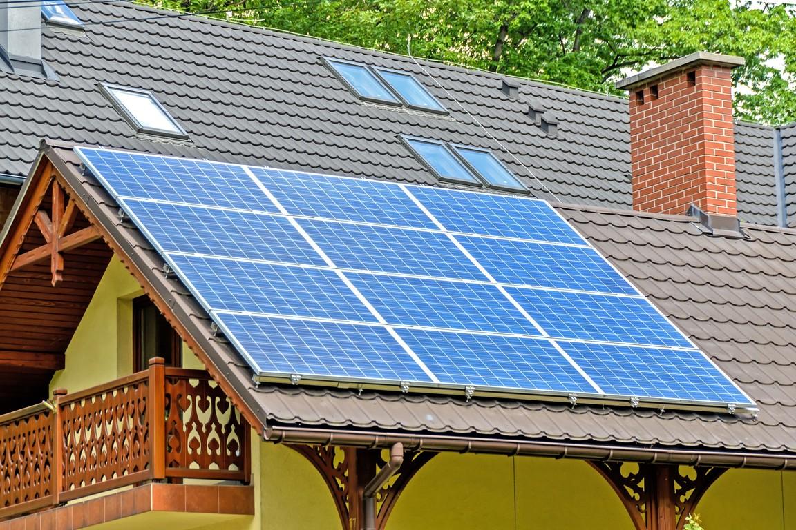 Energooszczędne panele na dachu