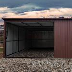 Budowa garażu blaszanego –  pozwolenie na budowę czy zgłoszenie?