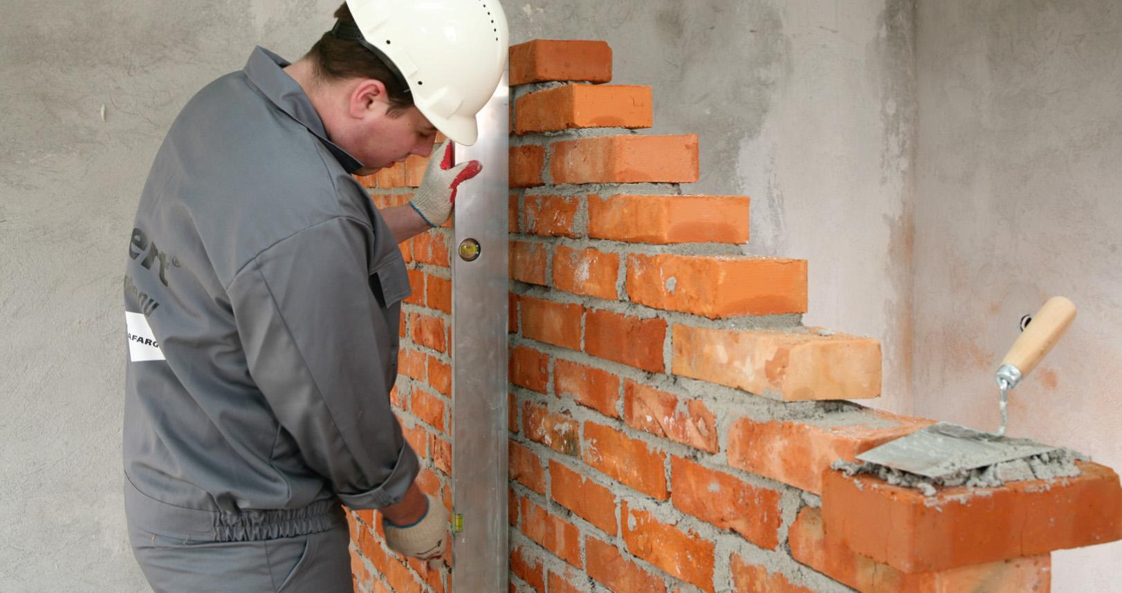 Sprawdzanie ściany