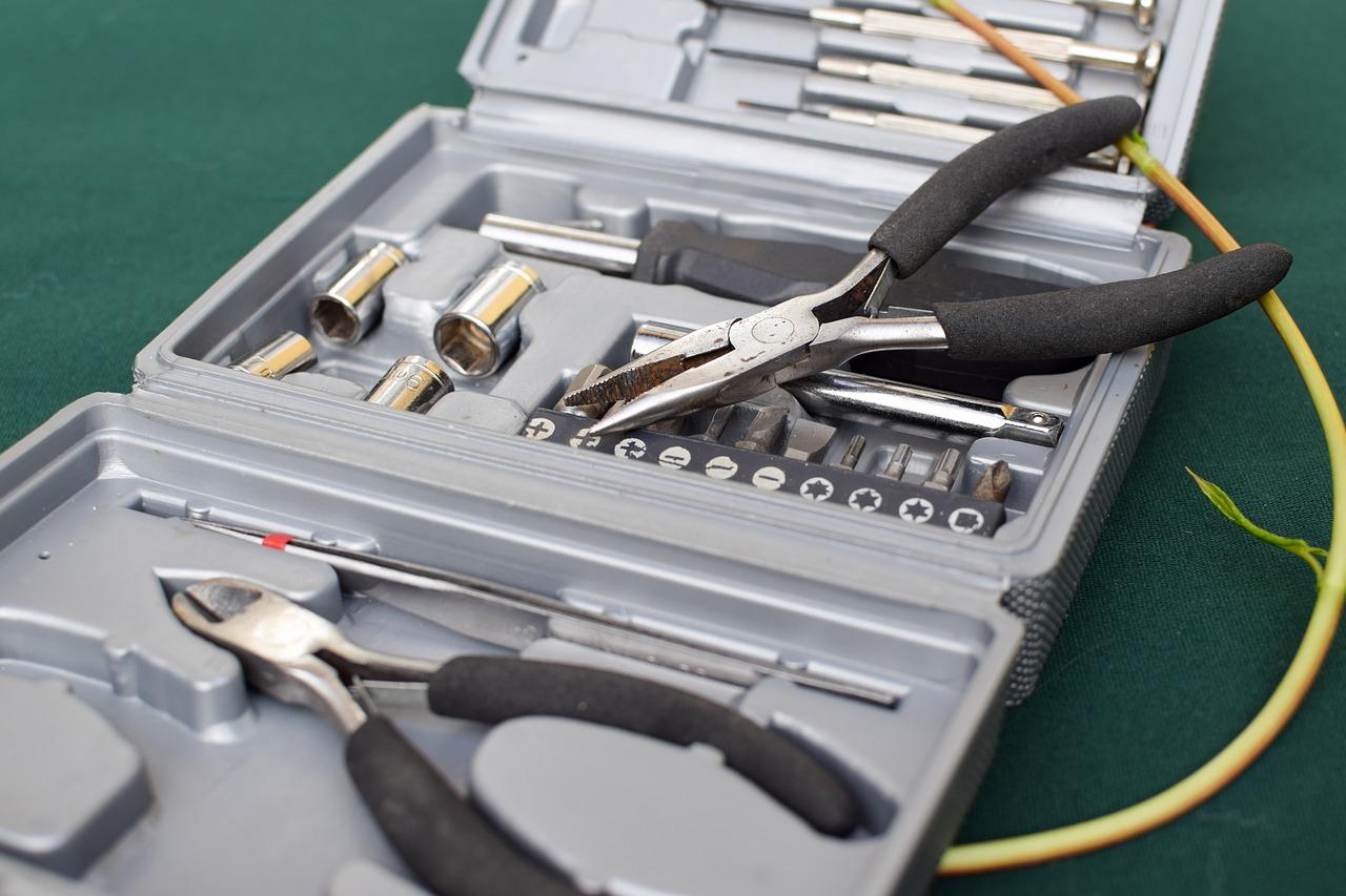|Skrzynka z narzędziami
